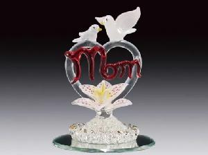 GLASS FIGURE-MOM/HEART/DOVES