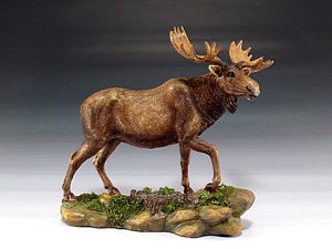 "MOOSE STATUE 7.25"" TALL"